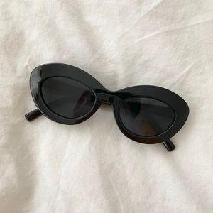 Le specs fluxus black sunglasses
